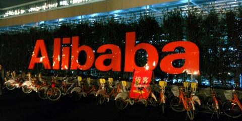 tob-magazine-revista-alibaba-branding-calculado-branding-packaging-guayaquil-quito-ecuador